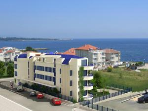 Photo of Aparthotel Blue Marine
