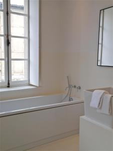 B&B Bloc G, Bed and Breakfasts  Carcassonne - big - 24