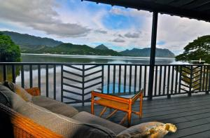 One-Bedroom Cottage - Water Front