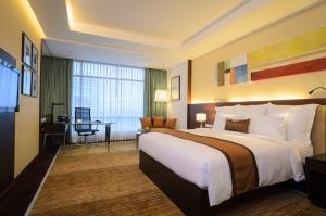 Deluxe Club Double or Twin Room