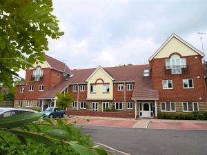 Berkshire Rooms Ltd - Gray Place in Bracknell, Berkshire, England
