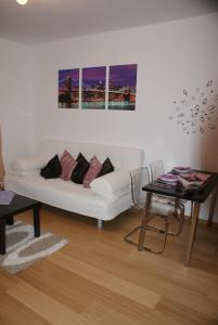 Apartmn Kristna