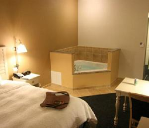 King Studio with Spa Bath - Non-Smoking
