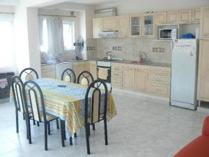 Apartment (3-6 Adults)