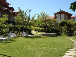 Manuallaya The Resort & Spa