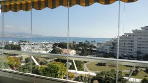 Photo of Appartement Marina Baie Des Anges