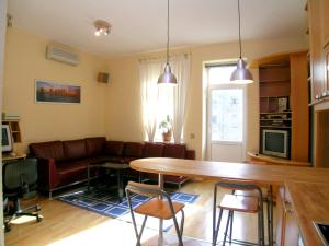 Enjoy Moscow Red Square Apartments