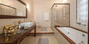 Double Room with Spa Bath and garden view - Guara