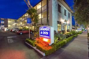Photo of Avania Inn   Santa Barbara