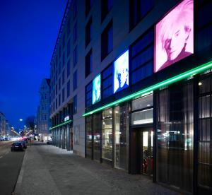 art'otel berlin city center west by park plaza - Pensionhotel - Hotely