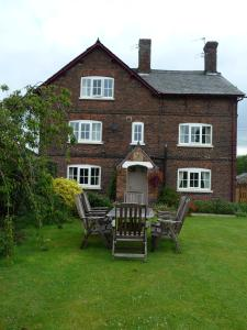Birtles Farm Bed and Breakfast in Altrincham, Greater Manchester, England