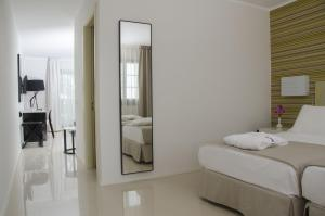 Boutique Hotel H10 White Suites   Adults Only