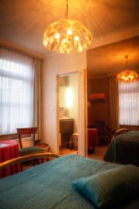 B&B Ter Vesten, Bed and Breakfasts  Ypres - big - 12