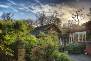 Picture of Marwell Hotel