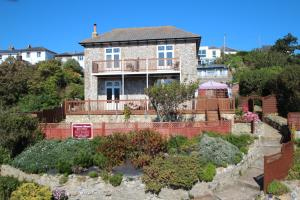 Victoria Mount Guest House in Ventnor, Isle of Wight, England