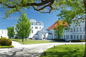 Grand Hotel Heiligendamm, Resorts  Heiligendamm - big - 36