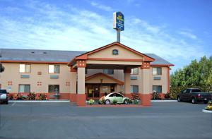 Best Western Plus Antelope Inn