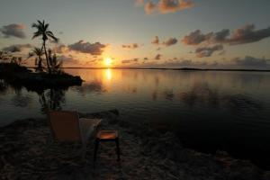 Tarpon Flats Inn & Marina   Key Largo