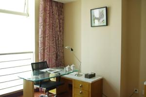 Chenlong Service Apartment - Yuanda building, Aparthotels  Shanghai - big - 47