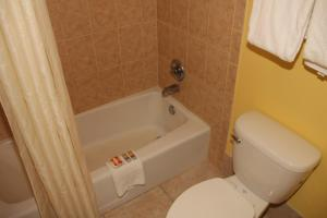 Americas Best Value Inn Cocoa/Port Canaveral - Cocoa, FL 32926