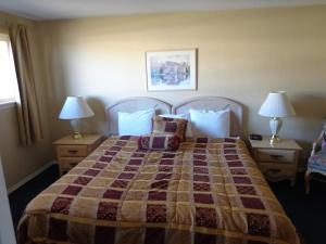 Two-Bedroom Suite with Two Queen Beds