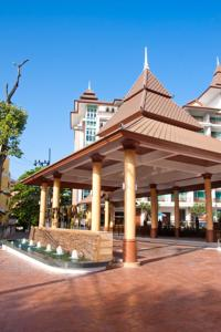 Crystal Palace Pattaya