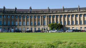 The Royal Crescent - 33 of 89
