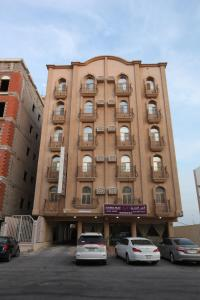 Photo of Al Tandeel Palace Furnished Apartments