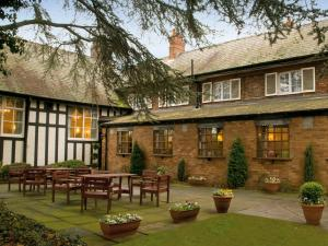 Picture of The Lymm Hotel