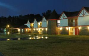 Photo of Affordable Hotel   Decatur