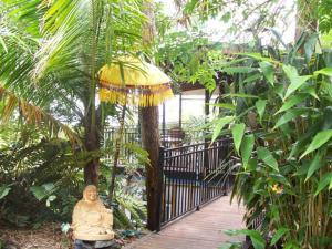 Coral Sea Retreat Bed and Breakfast - Far North Queensland, Queensland, Australia