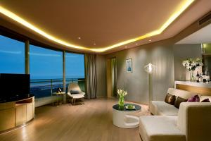 Wyndham Grand Qingdao, Hotels  Huangdao - big - 7