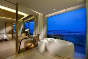 Wyndham Grand Qingdao, Hotels  Huangdao - big - 6