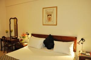 Photo of Ramee Guestline 2 Hotel Apartments