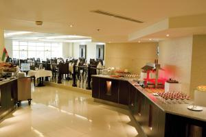 Carlton Tower Hotel, Hotely  Dubaj - big - 16
