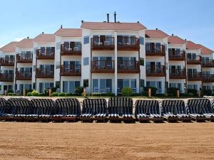 Photo of The Beach Condominium Hotel Resort