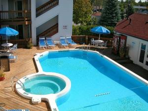 The Beach Condominium Hotel Resort, Aparthotely  Traverse City - big - 19