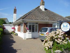 Beachside B & B in Christchurch, Dorset, England