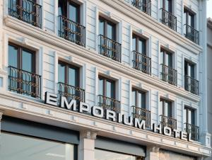 Photo of Emporium Hotel