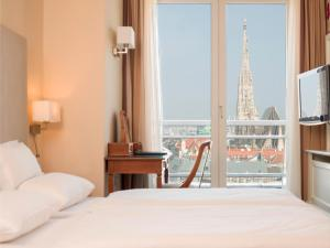 Double Room with St. Stephen's Cathedral View
