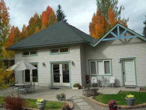 Conifer House B&B