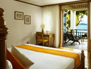 Premium Double Room with Sea Front