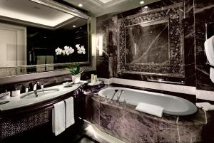 Deluxe Suite Bosphorus