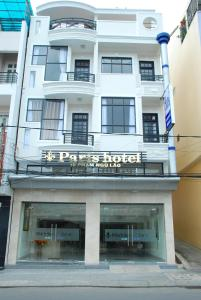 Photo of Paris Hotel