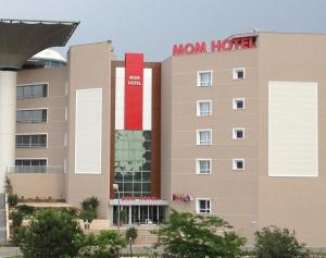 Photo of Mom Hotel