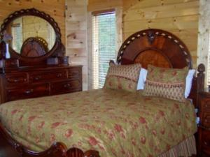 Four Bedroom Log Cabin