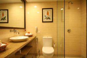 Four Points by Sheraton New Delhi, Airport Highway, Hotels  New Delhi - big - 7
