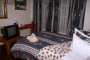 Standard Single/Double Room