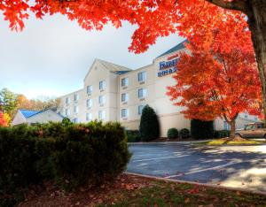 Photo of Fairfield Inn & Suites Raleigh Crabtree Valley