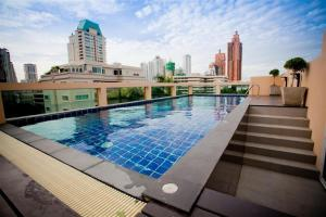 Photo of I Check Inn Residences Sukhumvit 20